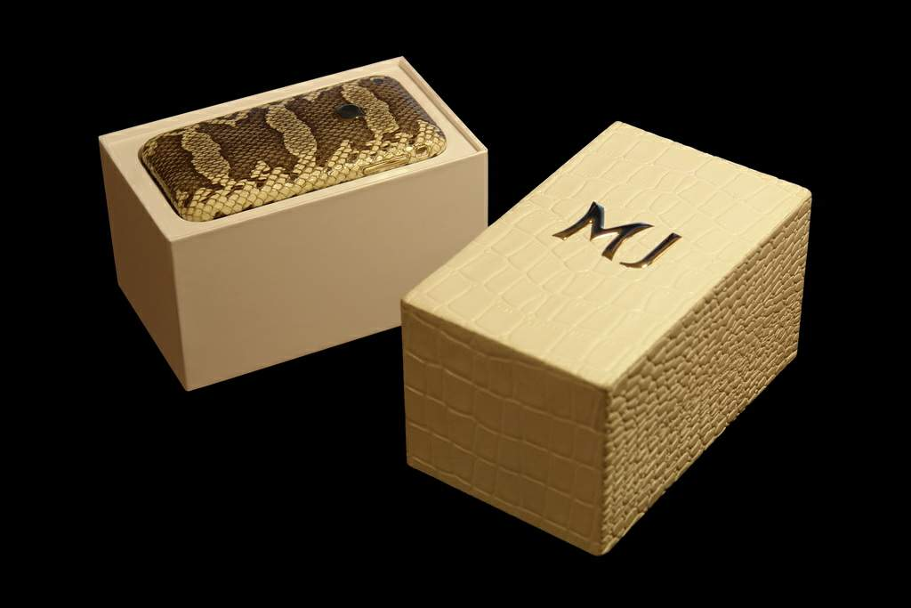 Apple iPhone 32gb Gold Leather MJ VIP Box Edition - White Crocodile Skin Box
